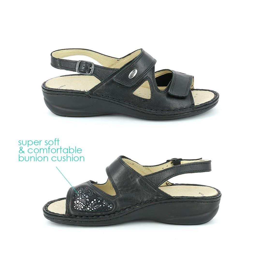 Footkaki | Ladies Sandals for Bunions
